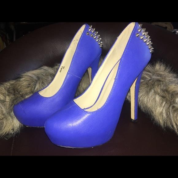 Shoe Dazzle Shoes - Shoe dazzle heel size 6